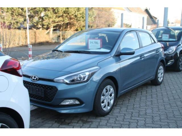 verkauft hyundai i20 new 1 4 m t class gebraucht 2016 km in contwig. Black Bedroom Furniture Sets. Home Design Ideas