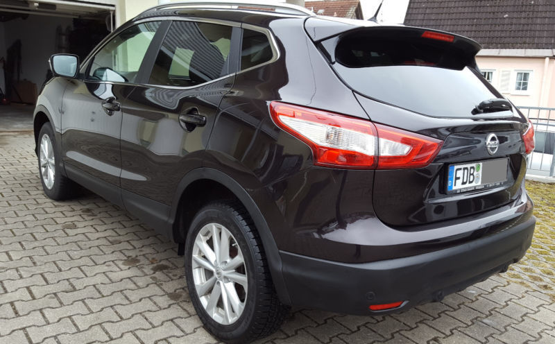 verkauft nissan qashqai tekna 8x alu gebraucht 2015 km in dasing. Black Bedroom Furniture Sets. Home Design Ideas