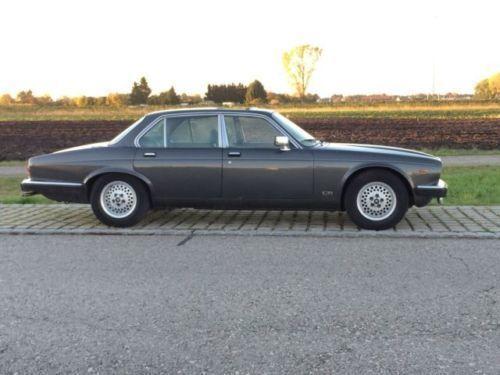 xj12 gebrauchte jaguar xj12 kaufen 41 g nstige autos zum verkauf. Black Bedroom Furniture Sets. Home Design Ideas