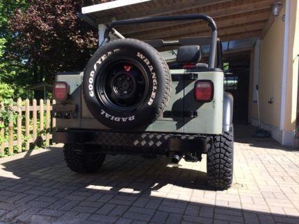 verkauft jeep wrangler 2 5 yj gebraucht 1989 km. Black Bedroom Furniture Sets. Home Design Ideas