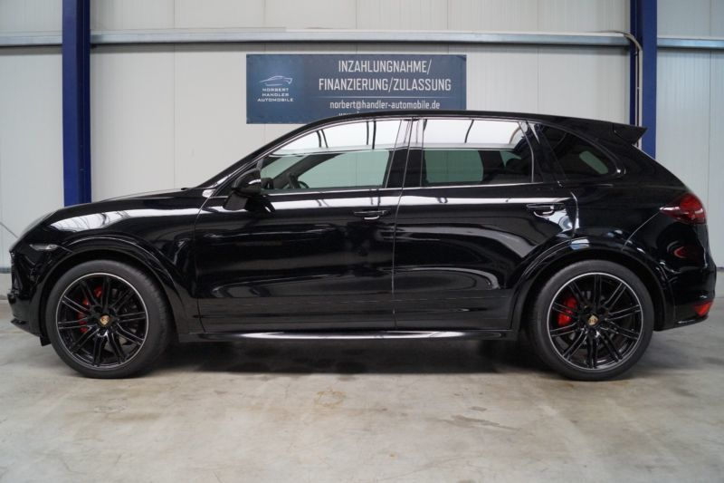 166 gebrauchte porsche cayenne gts porsche cayenne gts gebrauchtwagen. Black Bedroom Furniture Sets. Home Design Ideas