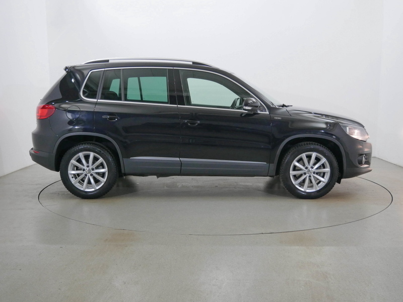 gebraucht 2016 vw tiguan 1 4 benzin 125 ps 48429 rheine autouncle. Black Bedroom Furniture Sets. Home Design Ideas