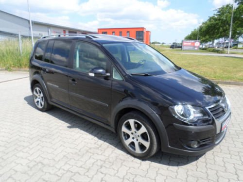verkauft vw touran cross 2 0 tdi dpf 1 gebraucht 2007. Black Bedroom Furniture Sets. Home Design Ideas