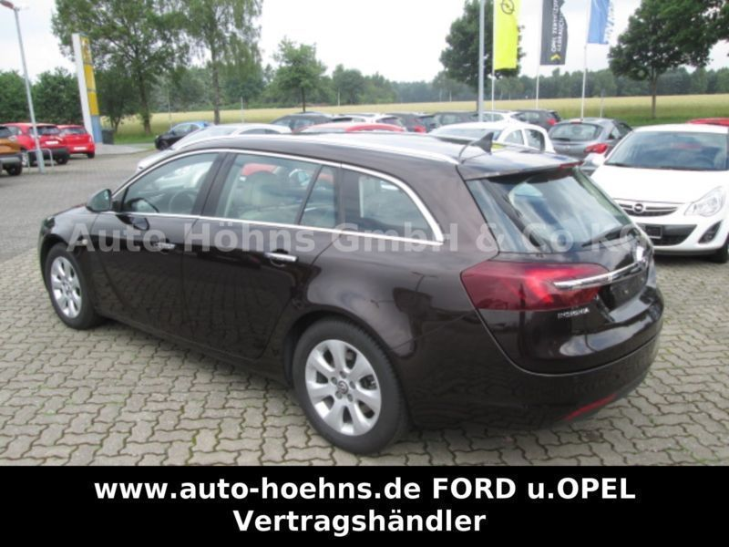 verkauft opel insignia sports tourer i gebraucht 2013 km in rotenburg. Black Bedroom Furniture Sets. Home Design Ideas