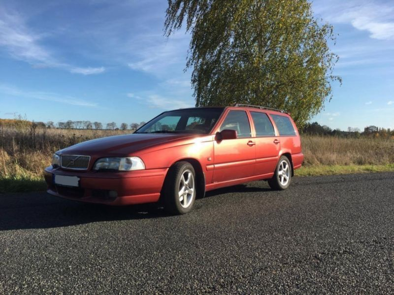 verkauft volvo v70 t5 gebraucht 1997 km in. Black Bedroom Furniture Sets. Home Design Ideas
