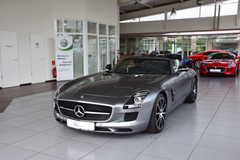 verkauft mercedes sls amg roadster gt gebraucht 2014 km in quakenbrueck. Black Bedroom Furniture Sets. Home Design Ideas