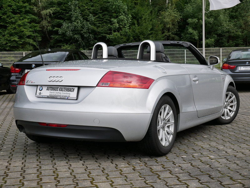 verkauft audi tt roadster 2 0 tfsi gebraucht 2008 110. Black Bedroom Furniture Sets. Home Design Ideas