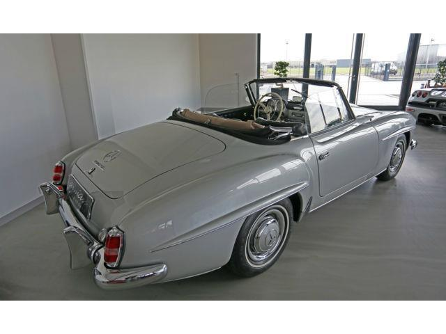verkauft mercedes 190 190 sl gebraucht 1960 km in. Black Bedroom Furniture Sets. Home Design Ideas