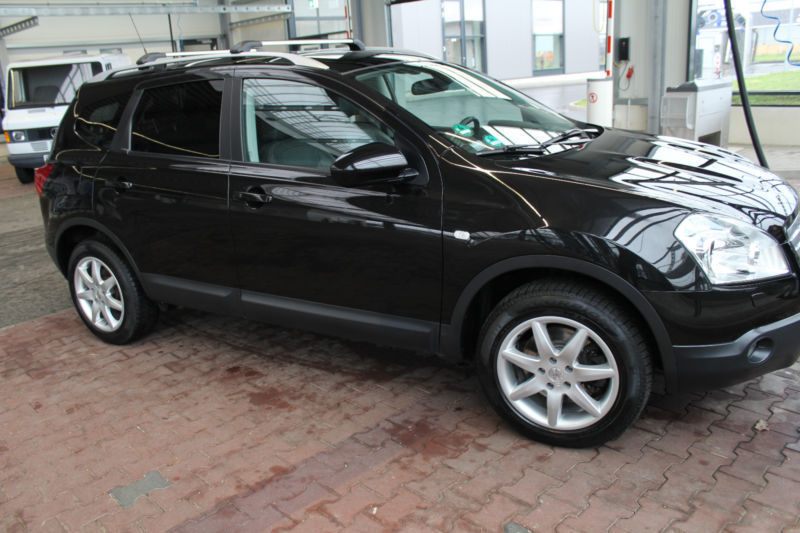 verkauft nissan qashqai 2 tekna 4x4 gebraucht 2009 km in gmund moosrain. Black Bedroom Furniture Sets. Home Design Ideas