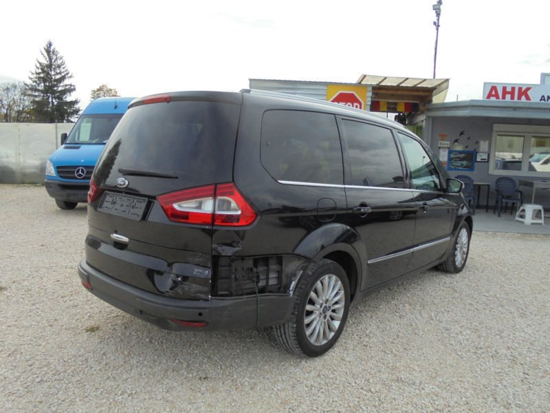 verkauft ford galaxy titanium 7 stzer gebraucht 2011 km in neu ulm. Black Bedroom Furniture Sets. Home Design Ideas