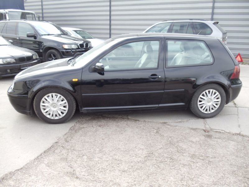 verkauft vw golf iv lim comfortline gebraucht 1999 km in erfurt. Black Bedroom Furniture Sets. Home Design Ideas
