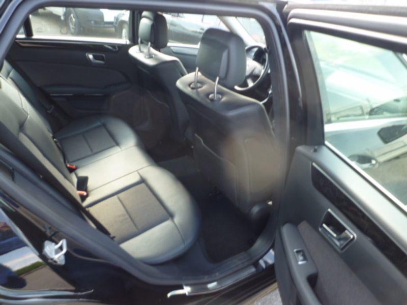 verkauft mercedes e300 e klasse t mode gebraucht 2012 km in niederraunau. Black Bedroom Furniture Sets. Home Design Ideas