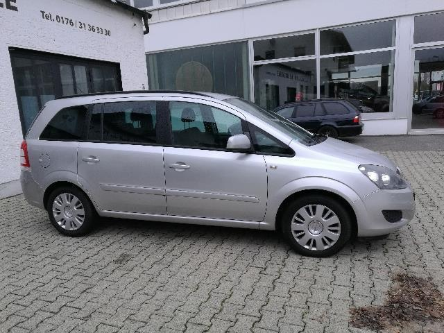 verkauft opel zafira tourer 1 7 cdti 7 gebraucht 2013 km in dingolfing. Black Bedroom Furniture Sets. Home Design Ideas