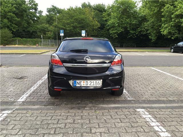 verkauft opel astra gtc gtc 1 4 select gebraucht 2009 km in bochum. Black Bedroom Furniture Sets. Home Design Ideas