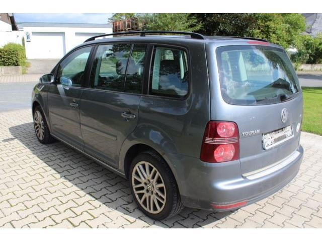verkauft vw touran trendline gebraucht 2004 km in lippetal herzfeld. Black Bedroom Furniture Sets. Home Design Ideas