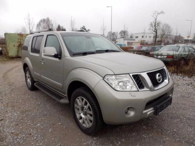verkauft nissan pathfinder 3 0 dci aut gebraucht 2011 km in gonnersdorf. Black Bedroom Furniture Sets. Home Design Ideas