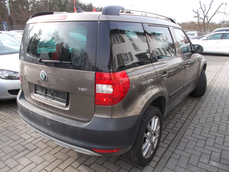 verkauft skoda yeti ambition 4x4 gebraucht 2009 km in gieboldehausen. Black Bedroom Furniture Sets. Home Design Ideas