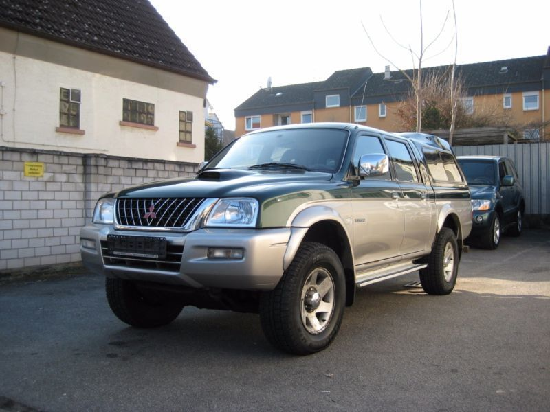 verkauft mitsubishi l200 pick up 4x4 m gebraucht 2004 km in eisingen. Black Bedroom Furniture Sets. Home Design Ideas