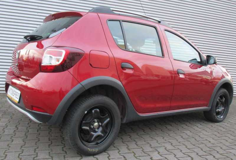 verkauft dacia sandero stepway dci 90 gebraucht 2014 km in siegen. Black Bedroom Furniture Sets. Home Design Ideas