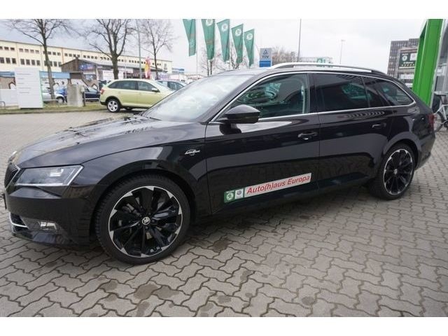 verkauft skoda superb combi l k 4x4 28 gebraucht 2015 km in berlin. Black Bedroom Furniture Sets. Home Design Ideas