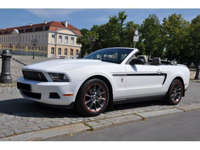 verkauft ford mustang gebraucht 2012 km in neukirch. Black Bedroom Furniture Sets. Home Design Ideas