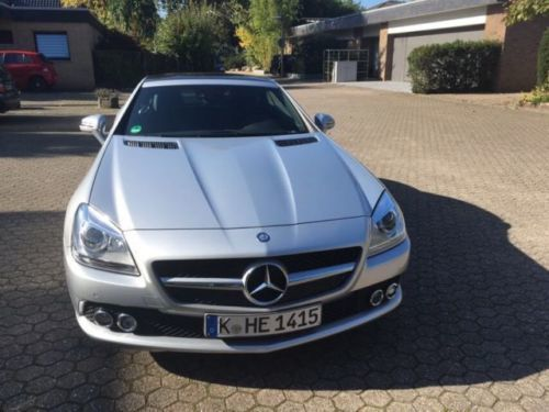 verkauft mercedes slk200 roadster gebraucht 2015 km in k ln. Black Bedroom Furniture Sets. Home Design Ideas