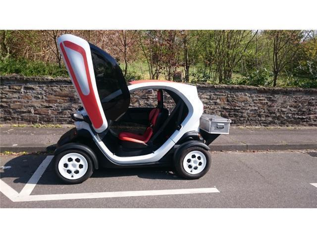 verkauft renault twizy color gebraucht 2012 km in siegburg. Black Bedroom Furniture Sets. Home Design Ideas
