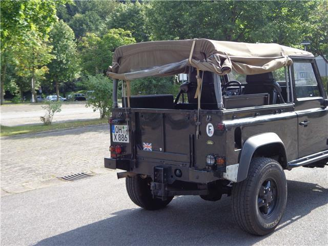 verkauft land rover defender 90 statio gebraucht 2005. Black Bedroom Furniture Sets. Home Design Ideas