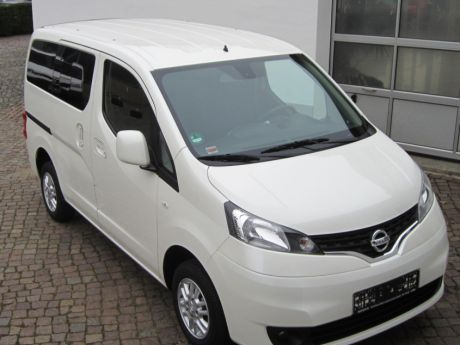 verkauft nissan nv200 evalia 1 6 tekna gebraucht 2014 km in. Black Bedroom Furniture Sets. Home Design Ideas