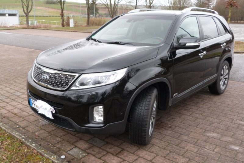 gebraucht spirit 4wd platinum beige kia sorento 2014 km in wesel. Black Bedroom Furniture Sets. Home Design Ideas