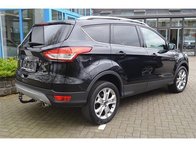 gebraucht 4x4 automatik standheizung ford kuga 2013 km in halle saale. Black Bedroom Furniture Sets. Home Design Ideas