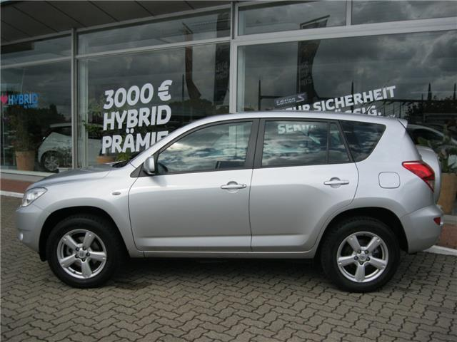 verkauft toyota rav4 2 0 4x4 automatik gebraucht 2007 km in wedel. Black Bedroom Furniture Sets. Home Design Ideas