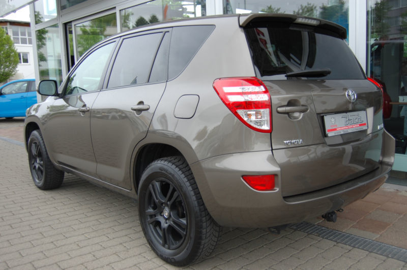 verkauft toyota rav4 2 2 d 4d 4x4 trav gebraucht 2012 km in bayern. Black Bedroom Furniture Sets. Home Design Ideas
