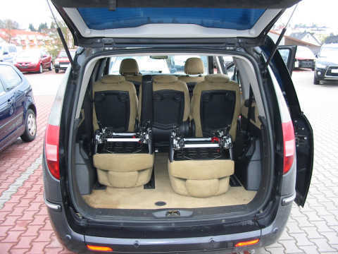 verkauft lancia phedra 7 sitzer diesel gebraucht 2005. Black Bedroom Furniture Sets. Home Design Ideas