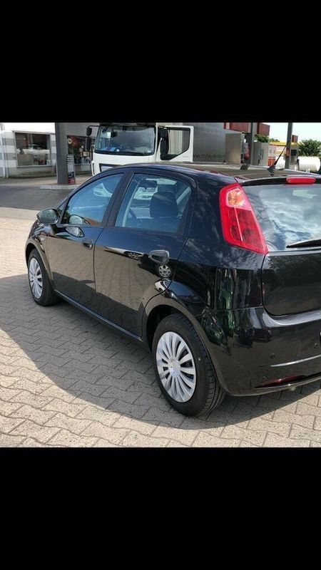 verkauft fiat grande punto 1 2 active gebraucht 2006 km in nordrhein westfal. Black Bedroom Furniture Sets. Home Design Ideas