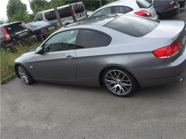 gebraucht 3er coupe bmw 320 2009 km in bad salzuflen. Black Bedroom Furniture Sets. Home Design Ideas
