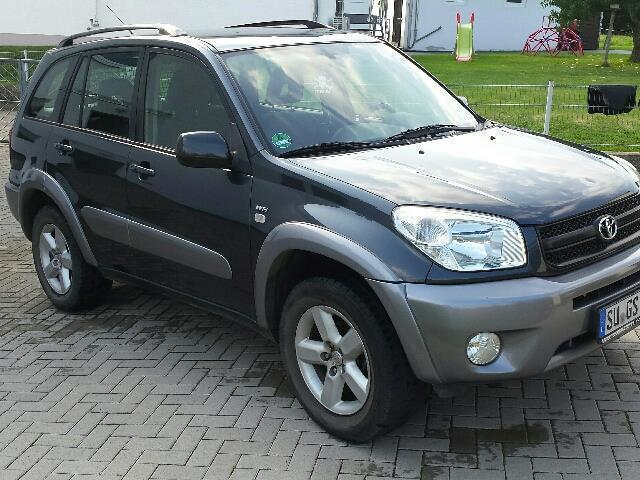 verkauft toyota rav4 4x4 executive led gebraucht 2005 km in hausen. Black Bedroom Furniture Sets. Home Design Ideas