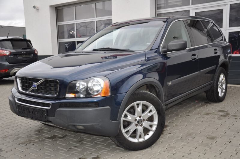 verkauft volvo xc90 d5 momentum gebraucht 2004 km in kolbermoor. Black Bedroom Furniture Sets. Home Design Ideas