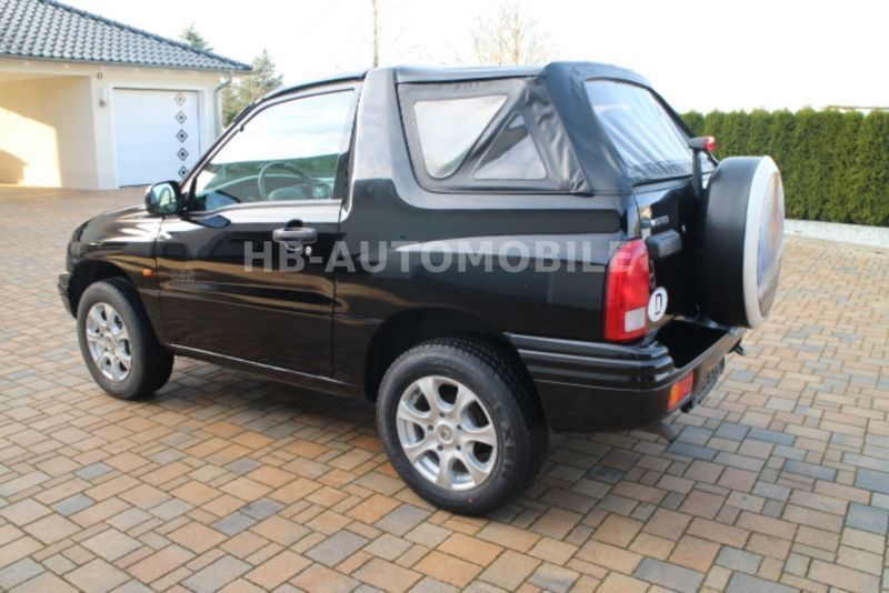 verkauft suzuki grand vitara cabrio 1 gebraucht 2003 km in untersteinach bei. Black Bedroom Furniture Sets. Home Design Ideas