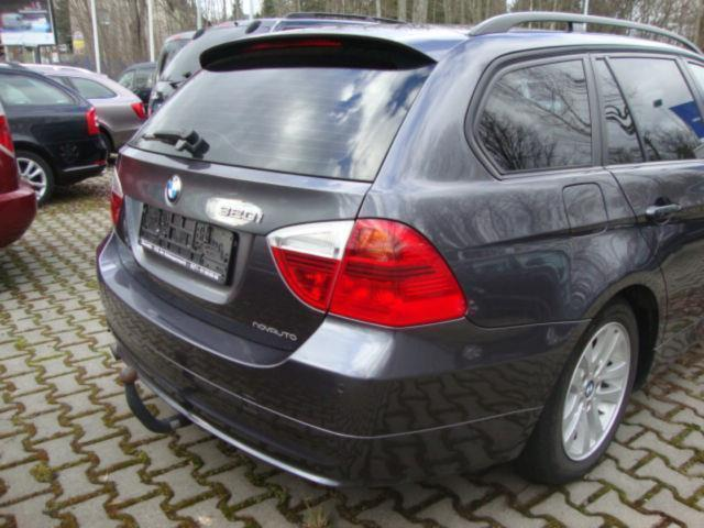 verkauft bmw 320 i touring klimaautoma gebraucht 2008 km in chemnitz. Black Bedroom Furniture Sets. Home Design Ideas