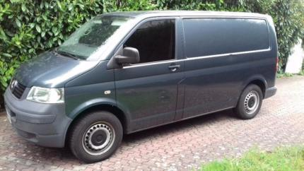 verkauft vw transporter t5 gebraucht 2009 km in saarbr cken mitte. Black Bedroom Furniture Sets. Home Design Ideas