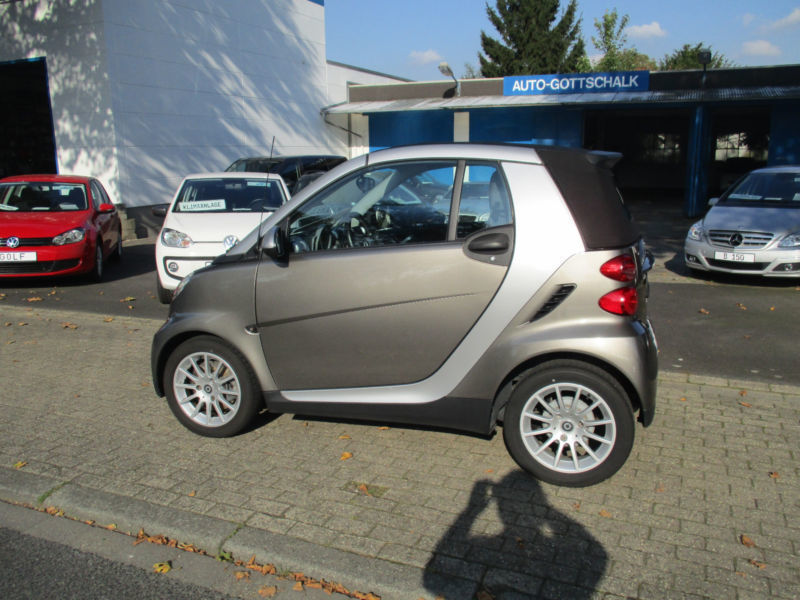 verkauft smart fortwo cabrio automat gebraucht 2009 km in viersen. Black Bedroom Furniture Sets. Home Design Ideas