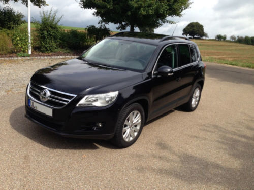 verkauft vw tiguan 2 0 tdi dpf 4motion gebraucht 2008 km in h ttisheim. Black Bedroom Furniture Sets. Home Design Ideas