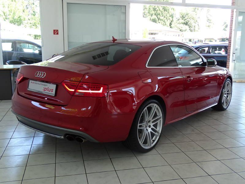 verkauft audi s5 s tronic b o navi 19 gebraucht 2013 km in kassel. Black Bedroom Furniture Sets. Home Design Ideas