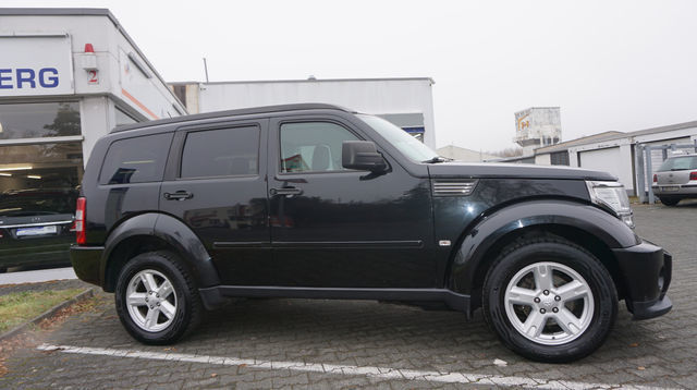verkauft dodge nitro sxt 2 8 crd 4wd l gebraucht 2007 km in dietzenbach. Black Bedroom Furniture Sets. Home Design Ideas