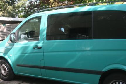 verkauft mercedes vito bus 7 sitzer gebraucht 2005 184. Black Bedroom Furniture Sets. Home Design Ideas