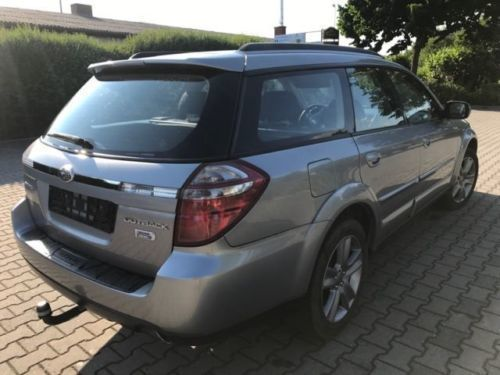 verkauft subaru outback 2 0d gebraucht 2009 km. Black Bedroom Furniture Sets. Home Design Ideas