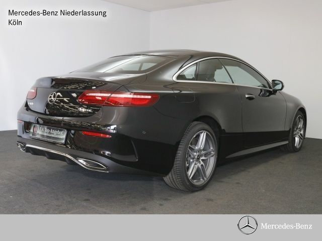 verkauft mercedes e400 4matic coupe co gebraucht 2017 km in k ln. Black Bedroom Furniture Sets. Home Design Ideas