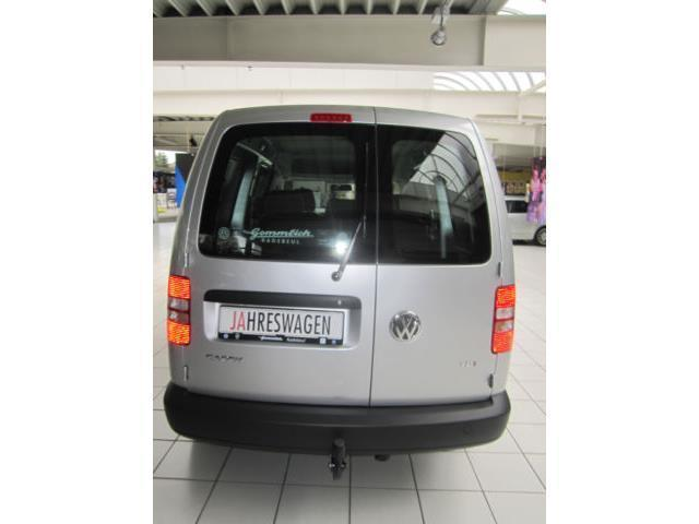 verkauft vw caddy maxi kombi 1 6 tdi gebraucht 2015 km in radebeul. Black Bedroom Furniture Sets. Home Design Ideas