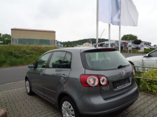 verkauft vw golf v plus tour dsg autom gebraucht 2007 km in karlstadt. Black Bedroom Furniture Sets. Home Design Ideas
